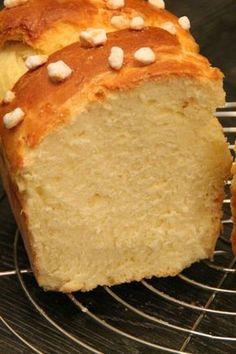 Brioche with mascarpone - Pripri& cuisine and travels - - Bread Recipes, Cake Recipes, Cooking Recipes, Mascarpone Dessert, Kolaci I Torte, Masterchef, Bread And Pastries, Croissants, Sweet Bread