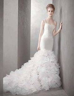 White by Vera Wang Wedding Dresses at Davids Bridal- Georgette Mermaid Gown with Dramatic Organza Skirt Style Used Wedding Dresses, Wedding Dress Sizes, Bridal Dresses, Dress Wedding, Lace Wedding, Gatsby Wedding, Wedding White, Trendy Wedding, Spring Wedding