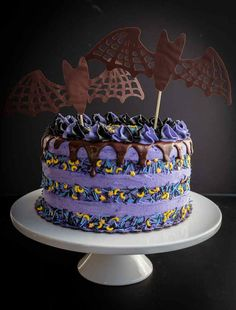 Chocolate Blackberry Halloween Cake This cute vegan halloween bat cake can be for a party or for anyone who loves black and purple. It's perfect for a goth tea party or a friday the soiree. 4 layers of chocolate blackberry cake are separated by natura Best Vegan Recipes, Vegan Dessert Recipes, Cake Recipes, Favorite Recipes, Vegan Dark Chocolate, Chocolate Ganache, Blackberry Cake, Blackberry Recipes, Halloween Cakes