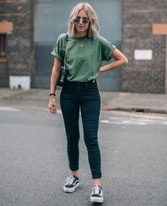 Spring Outfit Ideas to Try in Pastel Colors Outfit . - Trendy outfits for summer Cute Spring Outfit Ideas to Try in Pastel Colors Outfit . - Trendy outfits for summer - Mode Outfits, Fashion Outfits, Style Fashion, Fashion Ideas, Womens Fashion, Dance Outfits, Chic Outfits, Band Tee Outfits, Fashion Trends
