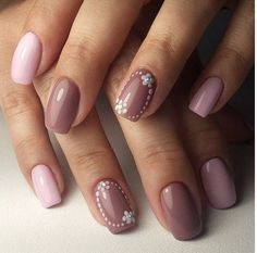 Gel nail polish has gained a lot of popularity recently. With gel nail polishes, the world of manicures has been revolutionized. These gel nail designs are stunning and you will fall in love with them instantly. The results are so pleasing you would want to keep trying new gel designs. Even the simplest of gel … Continue reading 22 Gel Nails Designs And Ideas 2018 →
