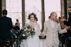 Endless Exposure Photography | Vintage Indulgence | Sunkissed & Made Up | Big Sky Barn