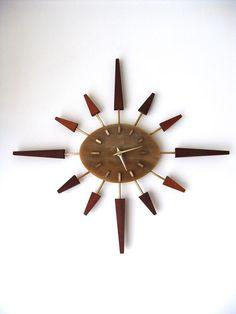 1960s MANLEY SUNBURST WALL CLOCK http://decdesignecasa.blogspot.it/
