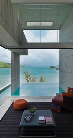 Breathtaking Solis Residence clinging cliffside on Hamilton Island
