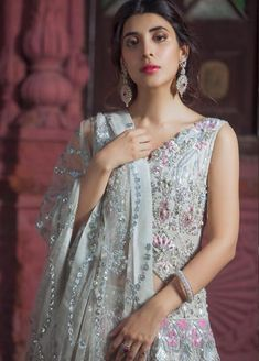 Especially summer bridal designs, Naqsh By Saira Rizwan Bridal Wear New Dresses Designs 2019 Collection, the principal joint effort for the brand with jehanzeb, New Designer Dresses, Bridal Dress Design, Bridal And Formal, Wedding Wear, Indian Fashion, New Dress, Bridal Dresses, Chiffon, Sequins