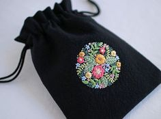 * . Flower embroidery pouch . . #刺繍#手刺繍#ステッチ#手芸#embroidery#handembroidery#stitching#needlework#자수#broderie#bordado#вишивка#stickerei