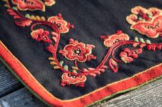 FINN – Vest- Telemark Bunad Folk Embroidery, Norway, Vest, Wool, Sleeve, Manga, Finger, Vest Outfits, Retail