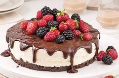 Recette :Gâteau mousse au Bailey's et chocolat noir. Sauce Au Caramel, Biscuits Graham, Mumbai Street Food, Cheesecake, Food Journal, Recipe Journal, My Best Recipe, Krabi, Cake Recipes