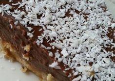 Τάρτα ψυγείου με κρέμα ganache σοκολάτας και γάλα καρύδας συνταγή από I❤to Cook by Rania - Cookpad Sweets, Nutella, Desserts, Food, Pies, Tailgate Desserts, Deserts, Gummi Candy, Candy