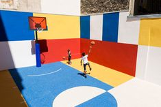 Ill-Studio has collaborated with Pigalle to create a basketball court named Pigalle Duperré between a row of buildings in the arrondissement of Paris Jordan Basketball, Indoor Basketball Hoop, Lifetime Basketball Hoop, Xavier Basketball, Outdoor Basketball Court, Basketball Shoes On Sale, Basketball Equipment, Basketball Tricks, Basketball Uniforms