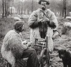 Shepherds spinning and knitting, Landes region, France