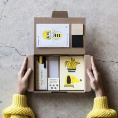 Packaging Box, Brand Packaging, Wine Gift Baskets, Illustration, Posca, Grafik Design, Packaging Design Inspiration, Box Design, Diy Kits