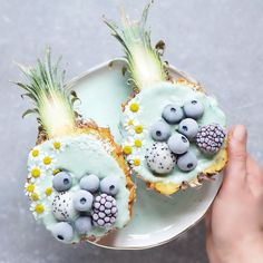 Smoothie Bol, Smoothie Fruit, Healthy Smoothies, Smoothie Recipes, Fruit Salad, Kreative Desserts, Plat Vegan, Tasty, Yummy Food