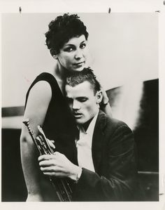 Chet Baker by William Claxton, 1955 William Claxton, Jazz Cat, Chet Baker, Trumpet Players, Jazz Musicians, Lost Soul, Music Icon, Portraits, Style Icons