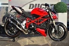 ducati streetfighter   Ducati Streetfighter 848 2012 - Live Test Modena - 23/65
