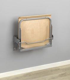 Väggfast fällbar stol