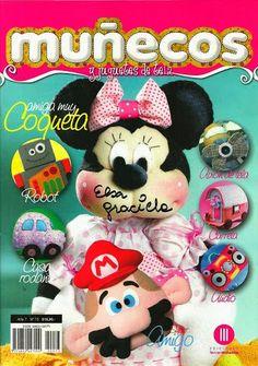 MUÑECOS Y JUGUETES No. 73 - Alandaluz Lopez M. - Álbumes web de Picasa Toy Craft, Felt Toys, Soft Sculpture, Naha, Crafts To Make, Robot, Needlework, Mickey Mouse, Album