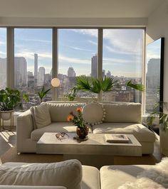 Home Room Design, Dream Home Design, My Dream Home, Home Interior Design, House Design, Dream Life, Classic Living Room, Dream House Interior, Aesthetic Rooms