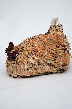 life size broody by Joe Lawrence Clay Birds, Ceramic Birds, Ceramic Animals, Clay Animals, Ceramic Clay, Ceramic Pottery, Ceramic Chicken, Chicken Art, Pottery Sculpture