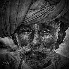 farmer bhenswara by Gerard Roosenboom on 500px