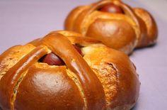 Aprenda a preparar folar da Páscoa tradicional com esta excelente e fácil receita. No TudoReceitas.com ensinamos você a fazer um folar da Páscoa tradicional de...