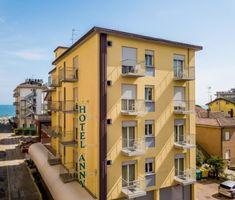 Hotel Anny i Lido di Jesolo – uppdaterade priser för 2019 Multi Story Building