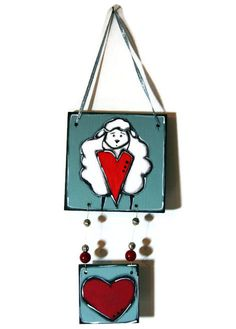 Sheep and heart on mobile wood plates - Sheep door hanger - Sheep and heart door sign de la boutique LULdesign sur Etsy