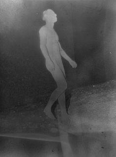 Intriguing photographs of Daisuke Yokota