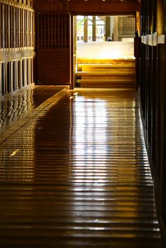 Uguisu-bari floor (Nightingale floor) at Erin-ji temple, Yamanashi, Japan: Uguisu-bari were floors designed to make a chirping sound when walked upon. These squeaking floors were used as a security device, assuring that none could sneak through the corridors undetected in temple and shrine.