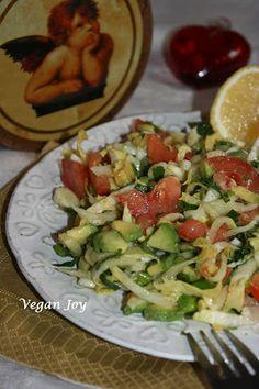 vegan joy: Winter salad - avocado and endive