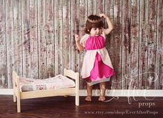 Sleeping Beauty Aurora costume dress for toddler / child photos play fairy tale dress up. Size 18m , 2T , 3T , 4T , 5 , 6