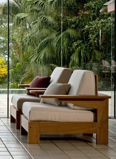 Alvorada armchairs designed by Carlos Motta. Suited for both indoor and outdoor spaces. Corner Sofa Design, Living Room Sofa Design, Room Design Bedroom, Home Room Design, Wooden Sofa Set Designs, Wood Bed Design, Bed Designs In Wood, Sofa Furniture, Furniture Design