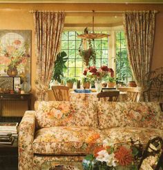 English Country Home Interiors Photos | 12/8/2011. Living area in English countryhouse