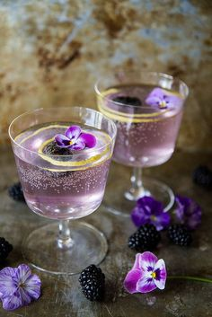 Blackberry French 75's | blackberry, gin, champagne cocktail