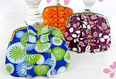 Perfectly Pleated Coin Purse - Free Tutorial by Sew4Home