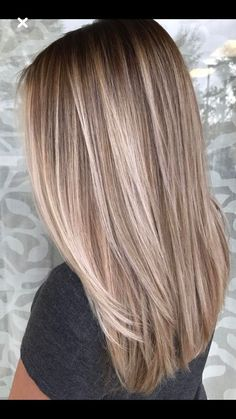Hairstyles Ideas: 51 Very Popular Blonde Balayage Hairstyling and Hair Painting Idea . - womenfashion:separator:Hairstyles Ideas: 51 Very Popular Blonde Balayage Hairstyling and Hair Painting Idea . Natural Hair Styles, Short Hair Styles, Natural Hair Colour, Natural Curls, Brown Blonde Hair, Black Hair, Pretty Blonde Hair, Baylage Blonde, Balayage Hair Blonde