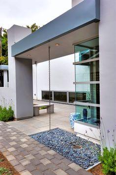 rain chain 434 House - modern - exterior - san francisco - Diebel and Company… Modern Patio, Modern Exterior, Modern Rain Chains, Landscape Bricks, Small Outdoor Patios, Residential Architecture, Water Architecture, Urban Architecture, Landscaping With Rocks