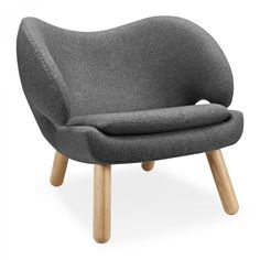 The Finn Juhl Pelican Chair | VOGA