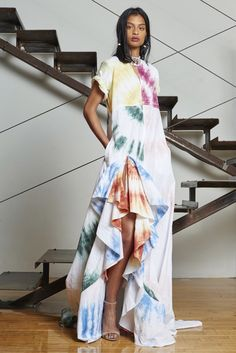 Rosie Assoulin Resort 2016 Fashion Show Collection Tie Dye Fashion, Boho Fashion, Fashion Show, Fashion Dresses, Womens Fashion, Fashion Design, Batik Mode, Bohemian Mode, Mode Inspiration