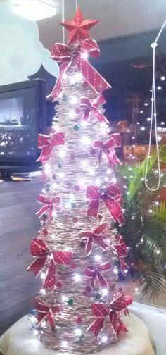 Árvore de Natal com Hashis Reciclados - decoração Japa Full Sushi