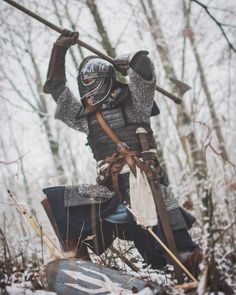 The Viking Minuteman Whenever you locate as well as produce a great Viking dress-up costume, Viking Armor, Medieval Armor, Medieval Fantasy, Viking Dress, Larp, Vikings, Armadura Medieval, Viking Life, Poses References