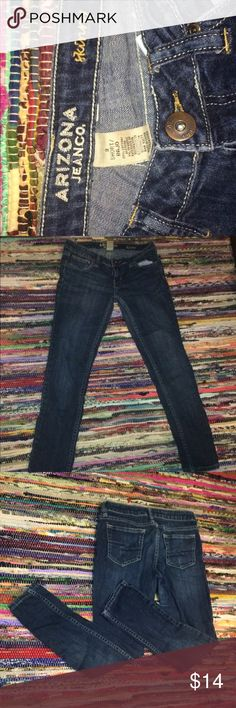 Dark Blue Skinny Jeans Size 3 denim Denim skinny jeans! Great for short people, I'm 5'2 and theese pants don't have any scrunch up at the bottom like most pants. No defects! Lightly worn. Size 3 arizona Jeans Skinny