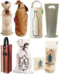 Sacos de tecido e papel para garrafas de presente.