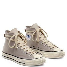 Converse Chuck 70 High Fear of God Essentials String Grey Sizes - 13 Mode Converse, Outfits With Converse, Converse Chuck, Converse High, Converse Shoes Outfit, Diy Converse, Custom Converse, Black Converse, Dream Shoes