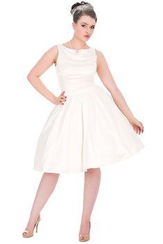 9f47158daf9d 54 nejlepších obrázků z nástěnky Retro šaty Blanka Straka