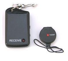 <b>Elhagyást, elvesztést gátló kulcstartó</b>    A elveszés gátló készülék két részből áll: 1 vevő és 1 adó.  A vevő alkalmas például a mobil telefon, pénztárca, laptop, kamera, baba,... Baba, Laptop, Gifts, Presents, Favors, Laptops, Gift