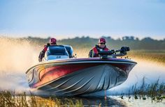 Nitro Z-9: The 2014 Nitro Z-9 demonstrates capable speed and handling on the run, reliable level floatation at rest, and ample space on her casting pla...