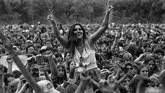 Woodstock Photos, From History Books Won't Show You 1969 Woodstock, Woodstock Hippies, Woodstock Festival, Woodstock Music, Woodstock Concert, Joe Cocker, Janis Joplin, Grateful Dead, Beat Generation