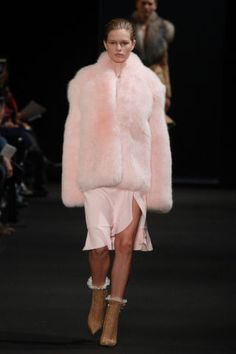 Best Coats From the Fall 2015 Runways