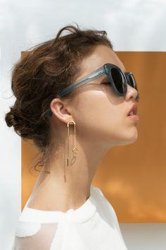 PLAY SS17 Photography: Sharon Jane Hair & Make-Up: Carlos Saidel - House of Orange Model: Demi Jonk - Dune agency